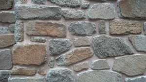 Stone pointed